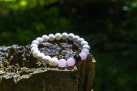 Léčivý náramek z Bali - Růžový
